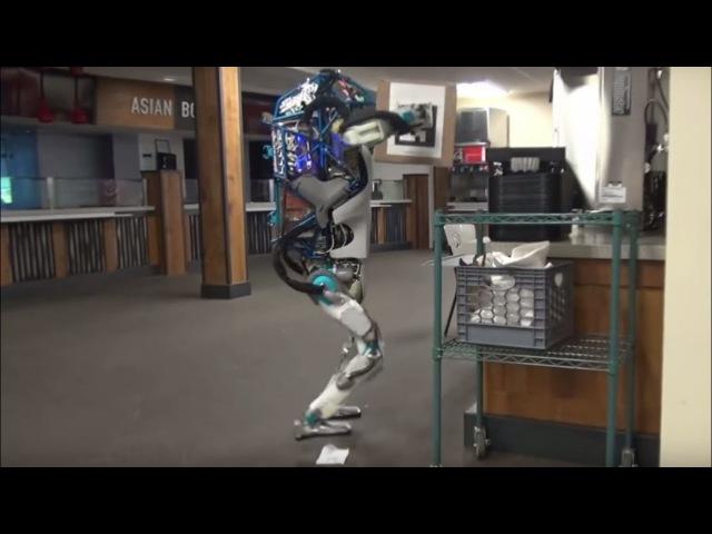 Hapless Boston Dynamics robot in shelf-stacking fail