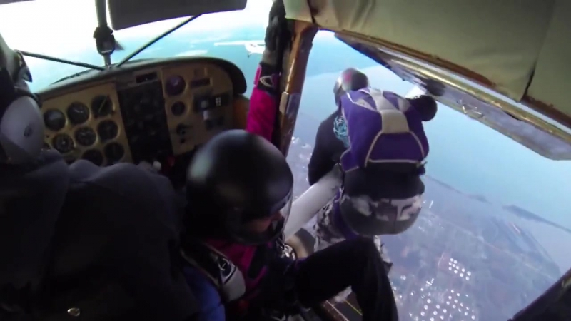 Столкновение двух самолетов в небе