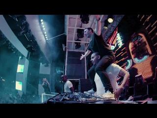 Hardwell & afrojack feat. mc ambush - hands up (official music video) (ft)