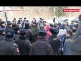 Вместо губернатора приехали полицейские с дубинками | Акция | Митинг