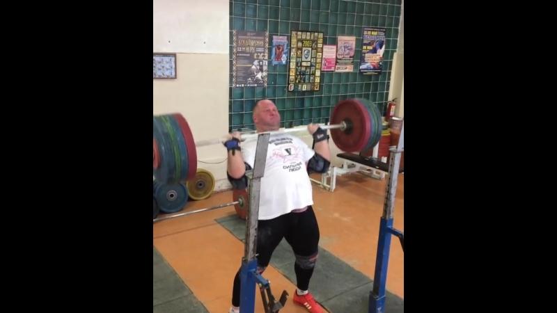 Александр Клюшев жим стоя 180