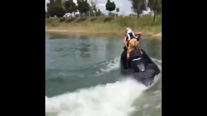 Jet ski with a Hayabusa Engine 1300cc · coub, коуб