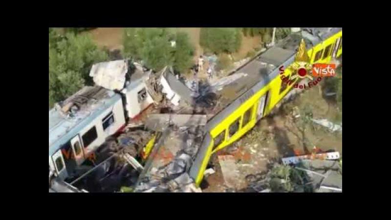 I treni del disastro accartocciati, la sconvolgente vista dall'alto dell'impatto