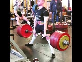 Алексей Бахирев - тяга 297,5 кг (75 кг)