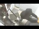 Волгоградские грабители-неудачники хотели украсть банкомат