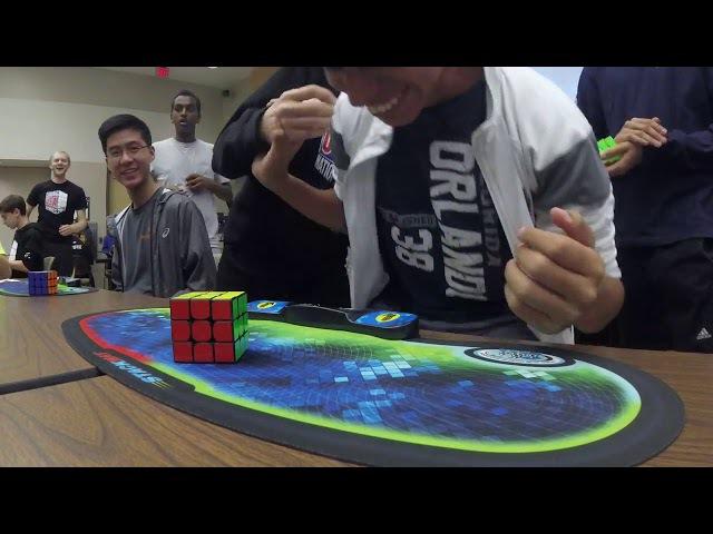 Американский подросток в 15 лет побил рекорд по сборке кубика Рубика