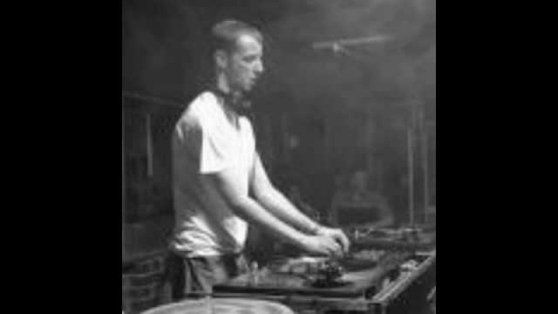 Felix Krocher - Bailando (schranz bootleg).avi