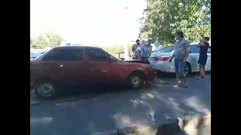Авария в Севастополе дошла до сильной драки. Бездействие ДПС
