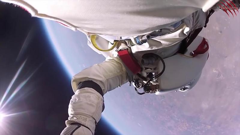прыжок из космоса с 40км на землю с камерой