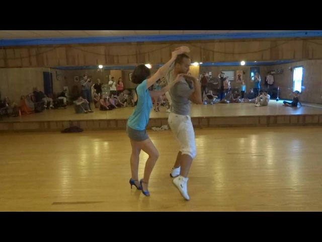 A great Zouk flow demo by Leonardo Bilia and Catherine Pereira on 9 24 2016