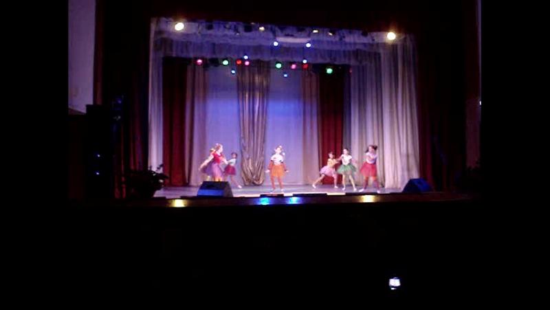 танец Пеппи Длинный Чулок