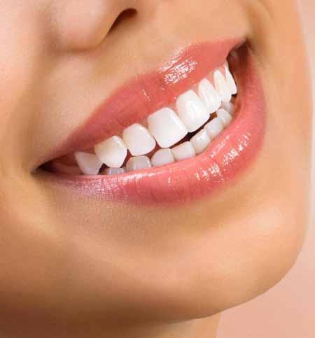 Косметическая операция может быть выполнена, чтобы помочь человеку достичь более симметричной улыбки.
