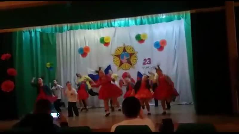 Танец селфи