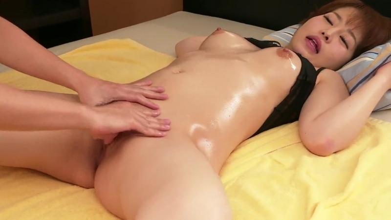 Массаж Груди Азиатки Порно