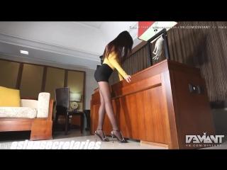 Sexy asian teen pantyhose legs ass upskirt anal pussy ero секси азиатка стройная секретарша в колготках под юбкой попка ножк