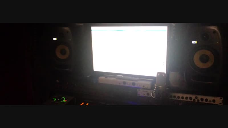 Andery Toronto Уверенно Live .mp4