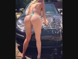 Пьяная родственница Оля порно фото девушек лесбиянки больших попов показать трахнул маму учит русских жен в белом фото голых сим