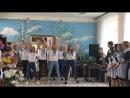 Активисты РДШ на линейке 1 сентября в Нарышкинской школе-интернат