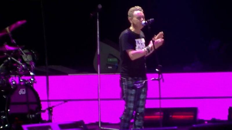 Depeche Mode Shake the disease Palau Sant Jordi Barcelona 15 01 2014 HD