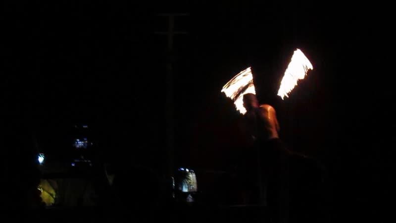 Ночное шоу с огнями в пустыне ОАЭ часть 3