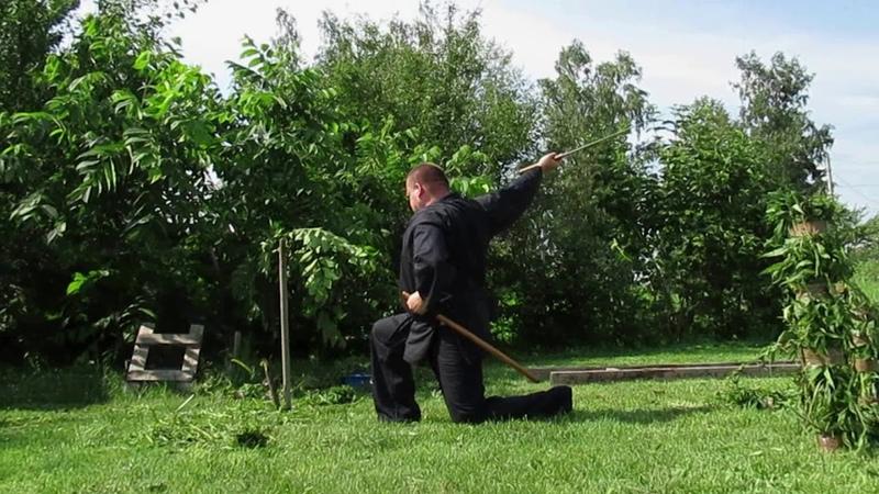Рубка мечом с геометрией катаны(10) с колена с выхватом из ножен по типу иайдо. 22.06.2019.
