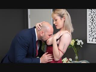 Maxim law (always the bridesmaid) секс порно