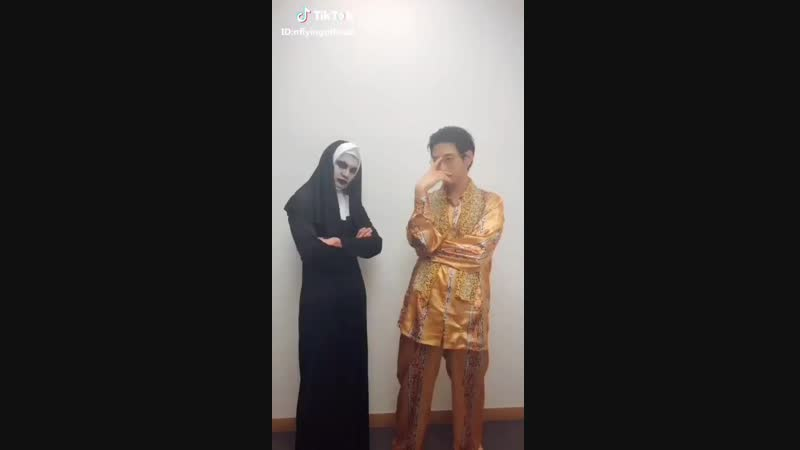 Lmao PPAP Jaehyun Conjuring valak the nun Hweseung - their choice of song tho.. lmao - 재현회승 KimJaehyun 김재현 쭒 YooHweseung 유회승 횡승잉