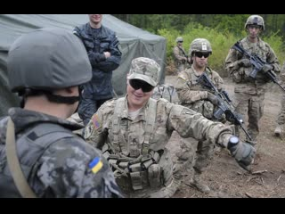 Жесткий сценарий. Как американцы дрессируют Украину