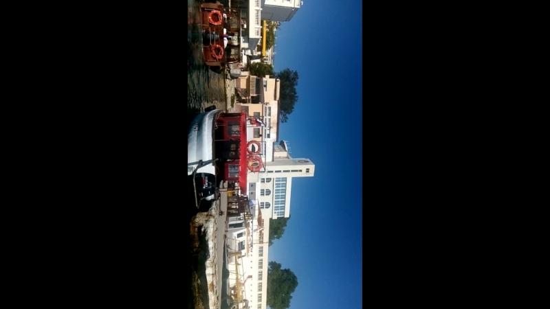 Картинка боком... прогулка по бухтам Севатополя