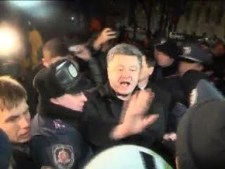 Теплая встреча Порошенко в Крыму! 28 02 2014