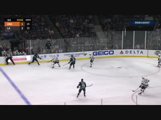 Jack Campbell stretches pad to rob Adam Henrique
