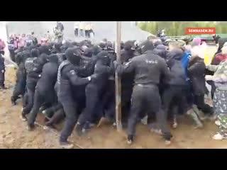 Путин о строительстве гигантской свалки в Шиесе: вопрос не может решаться келейно, без учёта мнения живущих там людей. Сегодняшн