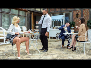 Tiffany rousso the milf and the waiter