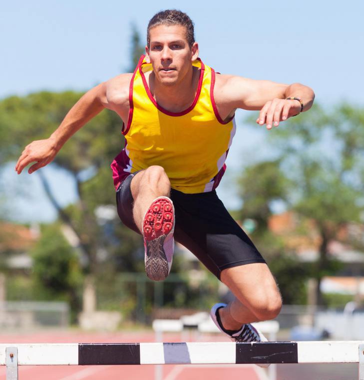 Тренеры по легкой атлетике могут отслеживать изменения в производительности спортсмена в течение сезона.