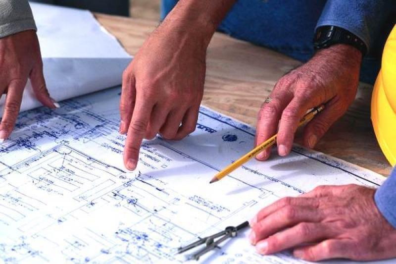 Специалисты проверили три сданных дома и строящийся ФОК в Некрасовке