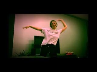 Танец под «По тебе скучать» - Сюзанна