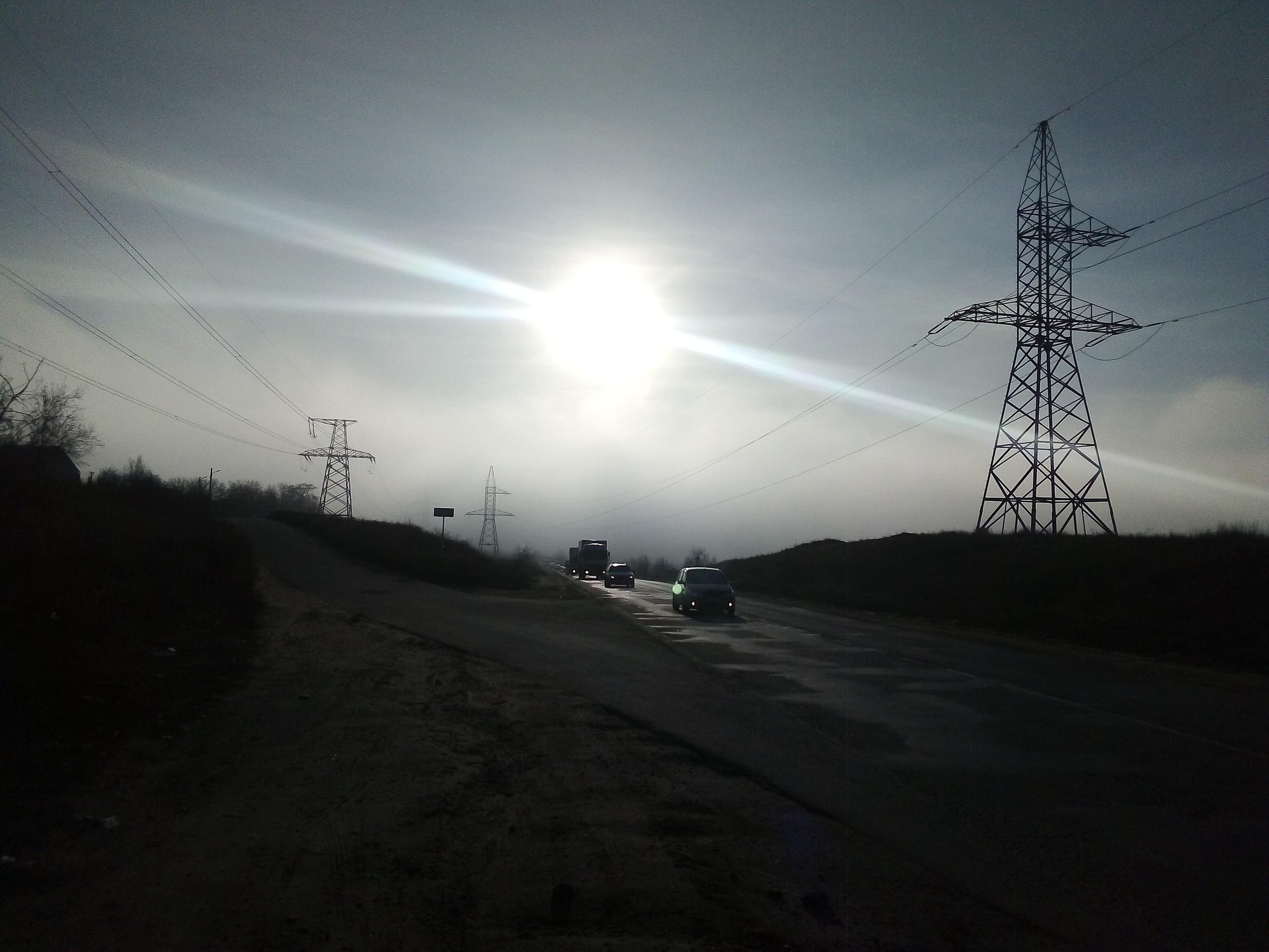 Перекрёсток Туманной сферы и прекрасный закат Солнца в три луча.