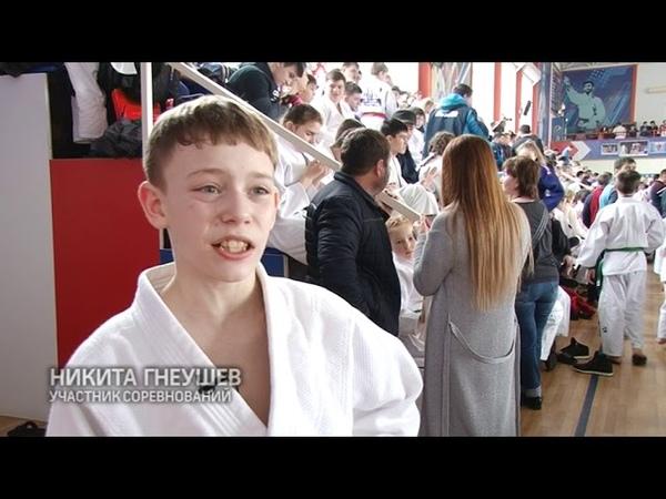 В Армавире 340 дзюдоистов борются за путевку на всероссийские соревнования