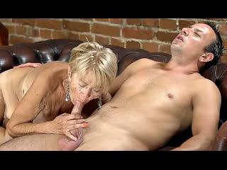 Порно ей 74 извращенец трахнул любимую бабушку gilf mature sex porno xxx