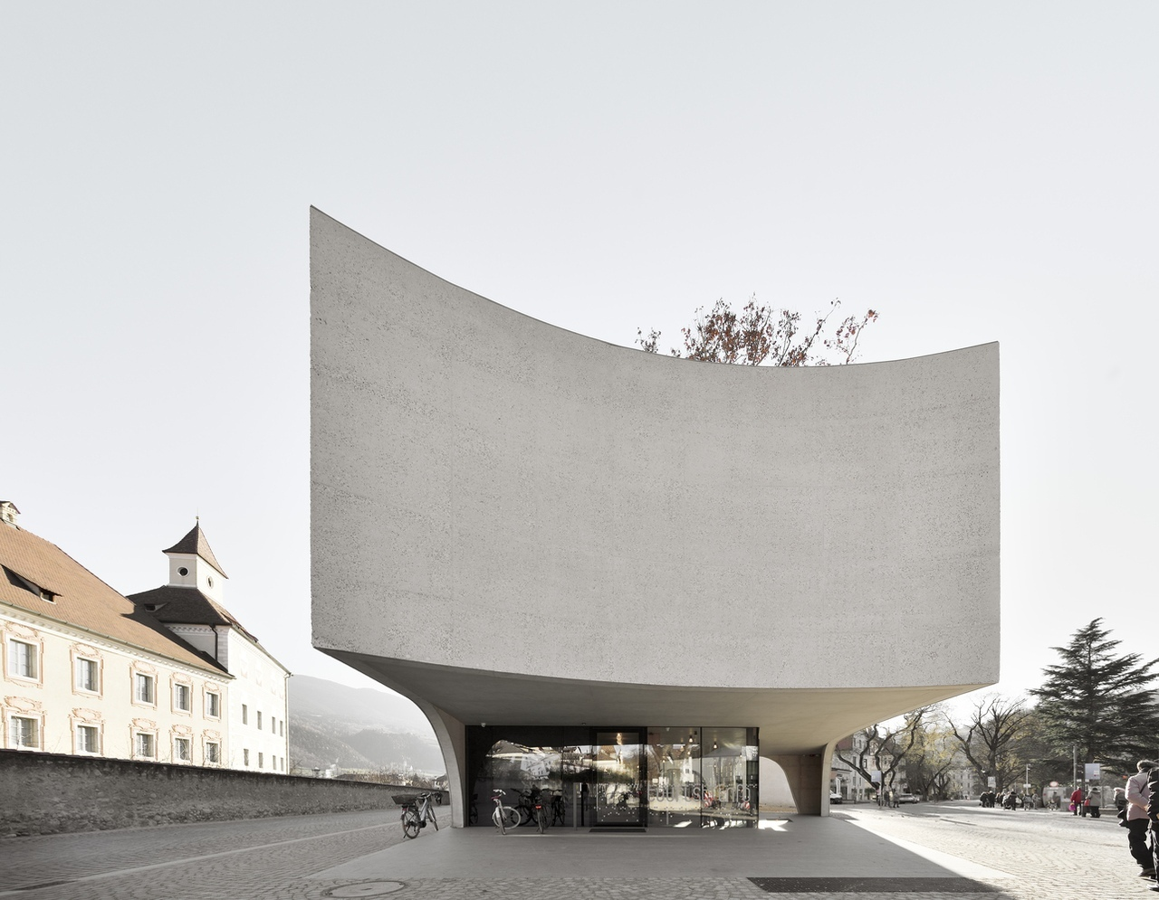 TreeHugger Tourist Information Office \ MoDusArchitects \ Brixen, Italy