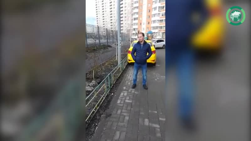 В Москве проходят акции протеста у трех столичных школ