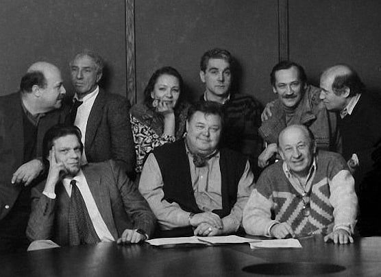 Весьма редкое фото, на котором много любимых актеров. Кто самый любимый
