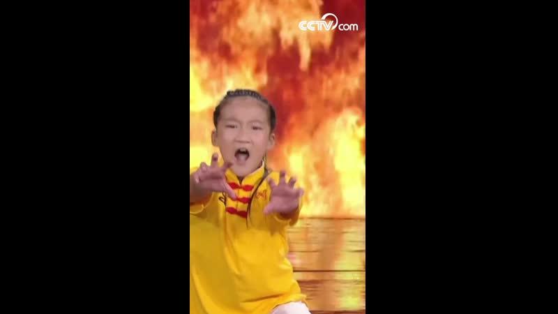 Детское шоу боевого искусства Китайское кунг фу