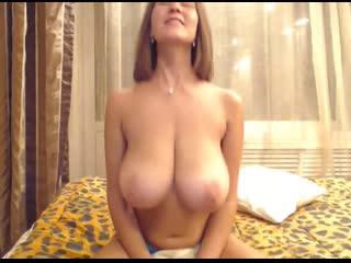 Huge Titties Gerda webcam porn big tits boobs big ass busty camgirls