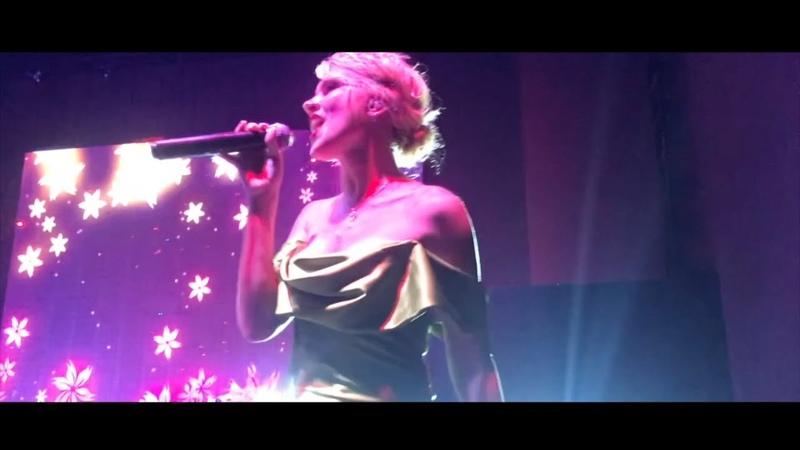 Christina Aguilera Bound To You OST Burlesque cover Swandor hotel show