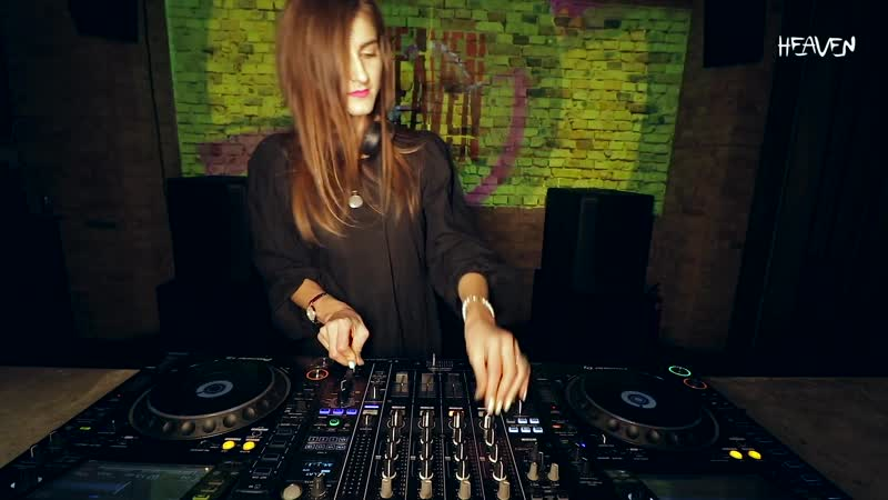 ANNA RA Live @ Radio Intense Kyiv 17 03 2020 Melodic Techno Mix