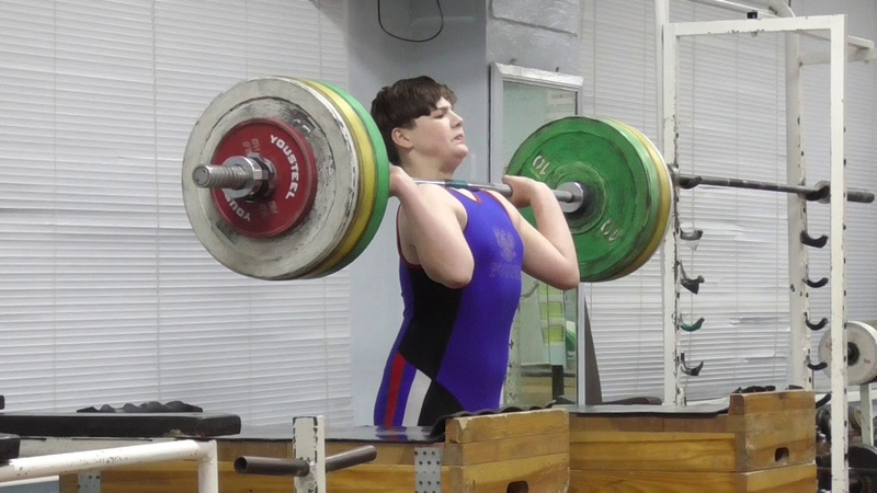 Пряничников Максим 13 лет вк 81 Толчок с плинтов 90 кг Есть второй личный рекорд