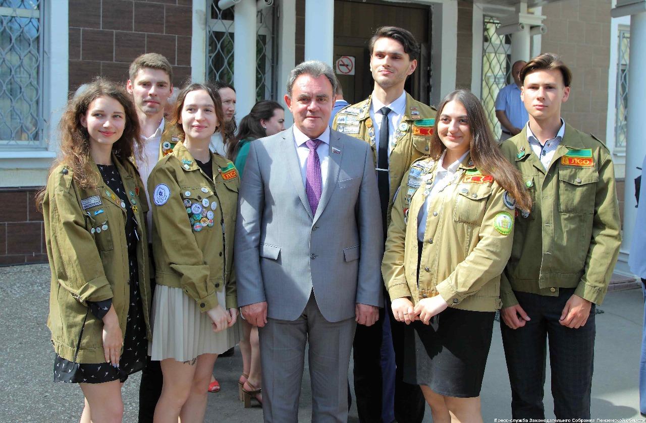 Губернатор Пензенской области встретился с бойцами СО ШСО «ПГУАС» и ПГАУ, изображение №3