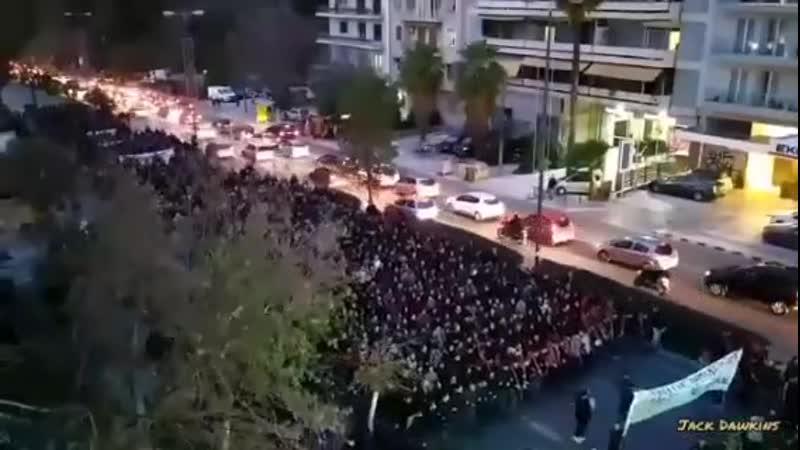 Griechische Inseln weiter im Streik gegen Massenmigration