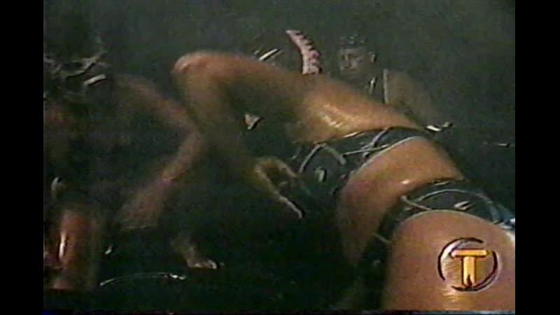 Gladiadoras en Aceite - PequeñaTormenta vs Furia Roja